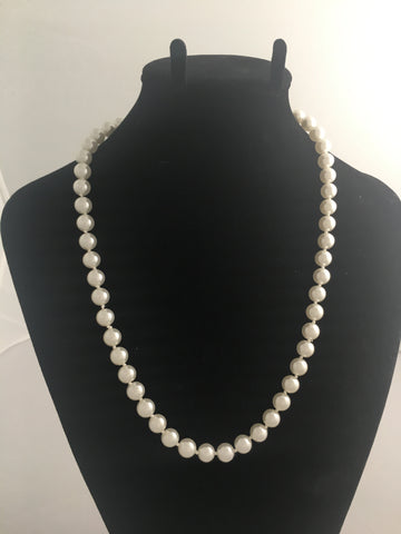 Necklace Glass Pearl Necklace with 14 Karat Gold Clasp