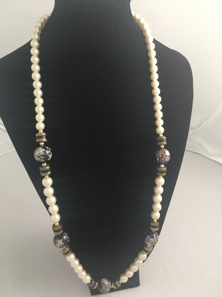 Vintage Flower and Pearl Necklace