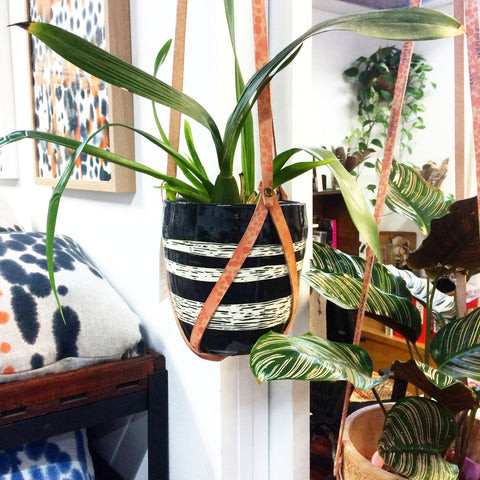Leather planter hanger
