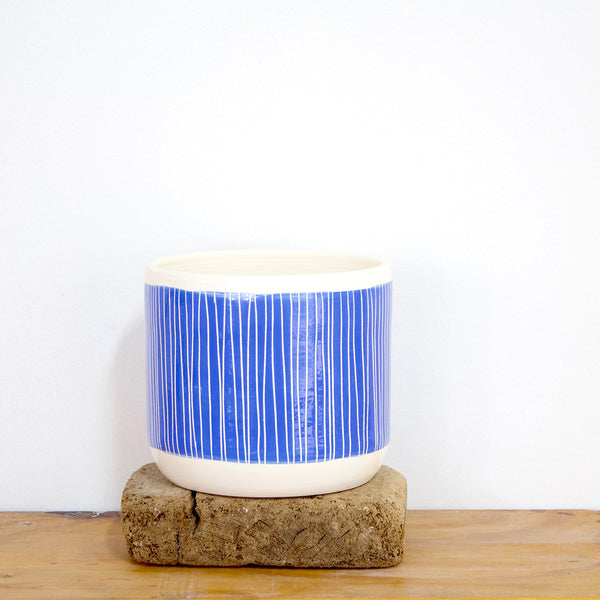 Stripey Road Jumbo Planter M - Electric Blue