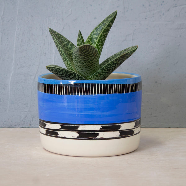Blue Haze Jumbo L Planter - Black, Electric Blue & Sky Blue