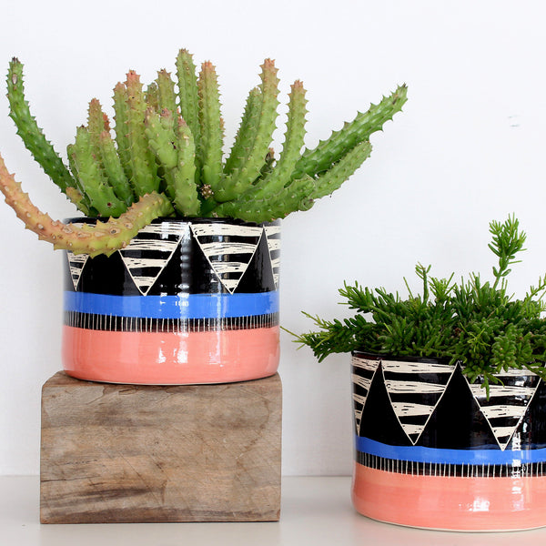 Tri Burst Jumbo Planter L - Black, Watermelon & Electric Blue