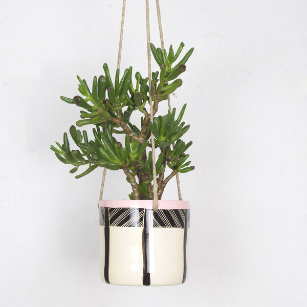 Crosshatch Med Hanging Planter - Black & Dusty Pink