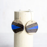 Arrow medium disc earrings - Electric Blue