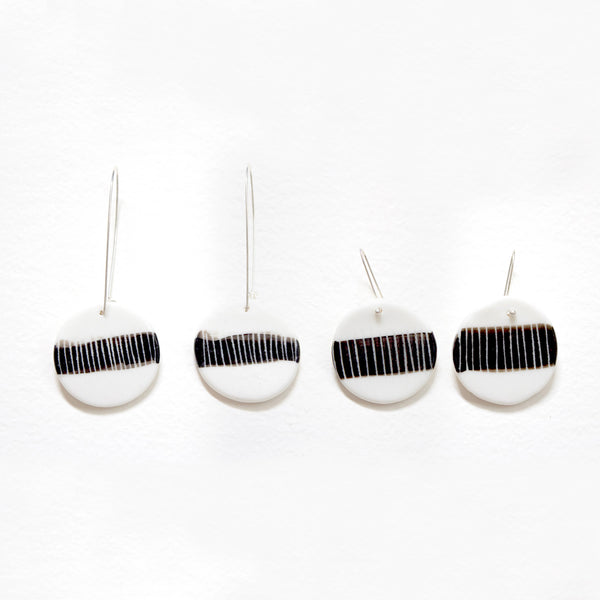 One Stripe Medium Drop Earrings - Black