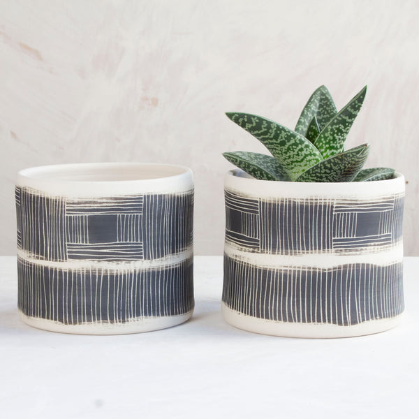 Textured Linear Stripe Planter - Black