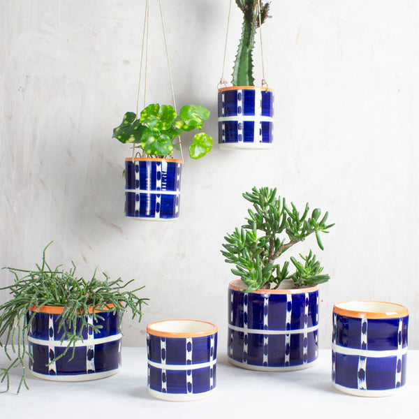 Vertical Tracks Medium Planter - Indigo & Nasturtium