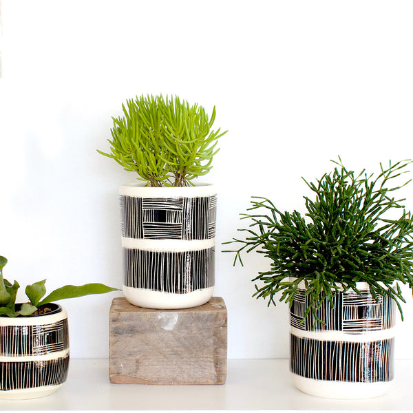Linear Stripe Medium Planter  - Black