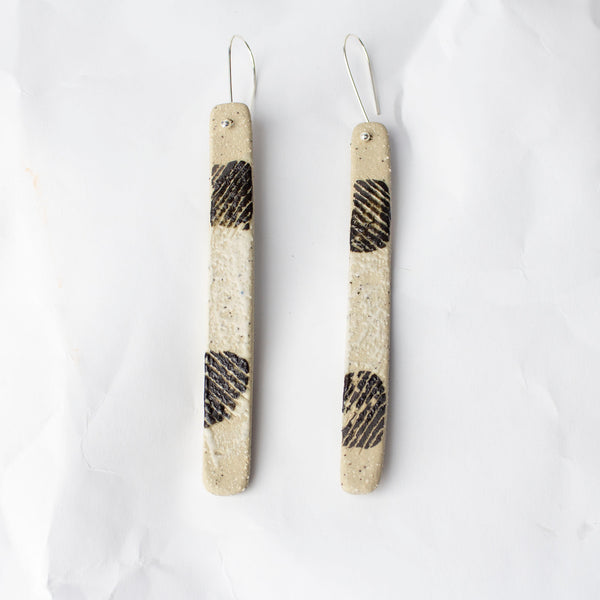 Spot Stick Earrings - Black