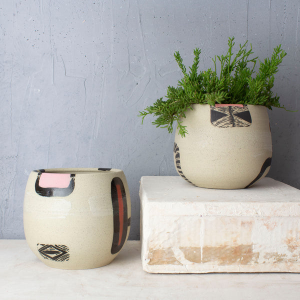 Textured Diversion Rounded Vessel // Planter