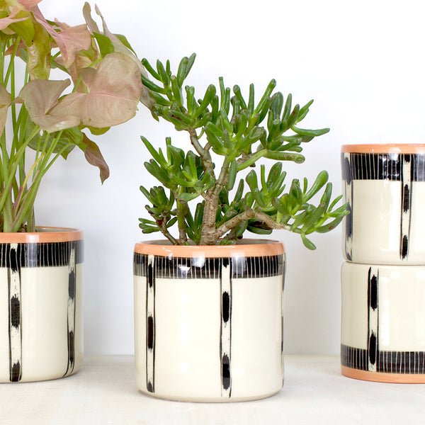 Striped Ikat Jumbo Planter S - Black & Nasturtium