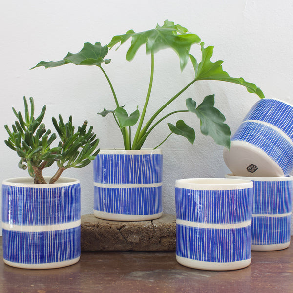Stripey Road Jumbo Planter S - Electric Blue