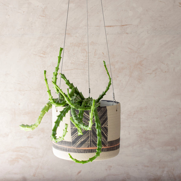Textured Crossweave - Outdoor Large Hanging Planter