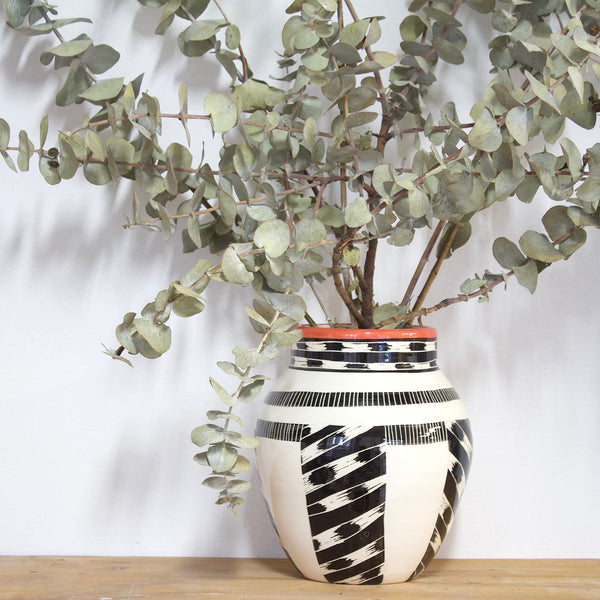 Masked Tracks Vase - Black & Indian Red