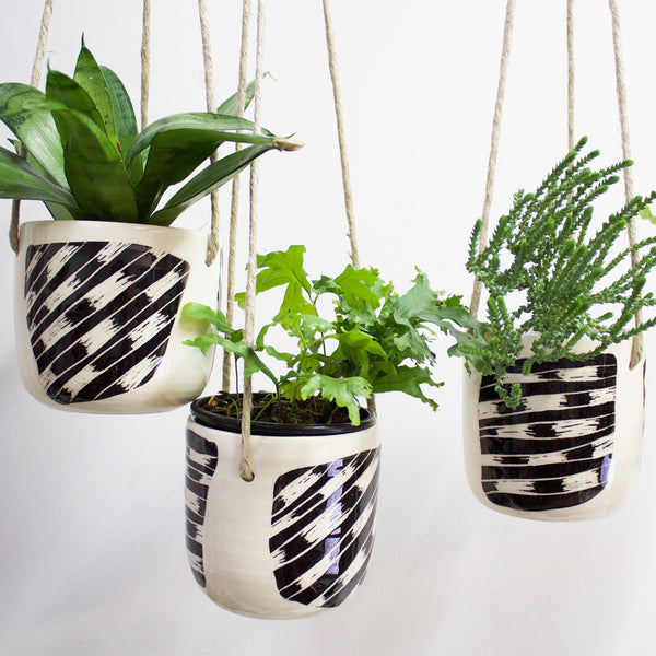 Masked Track Medium Hanging Planter - Black & White
