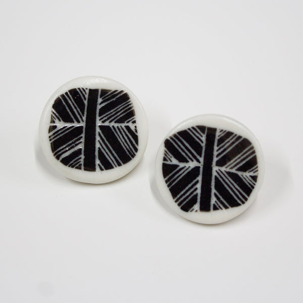 Crosshatch Medium Studs - BW
