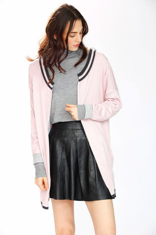 Max 8-Way Scarf/Cape – Pink/Grey