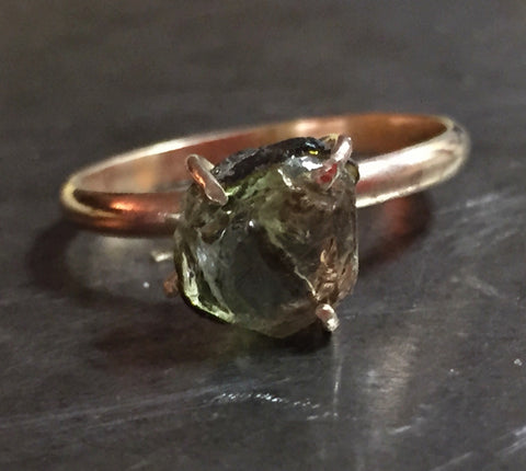 Green tourmaline ring, rough, in 14K gold