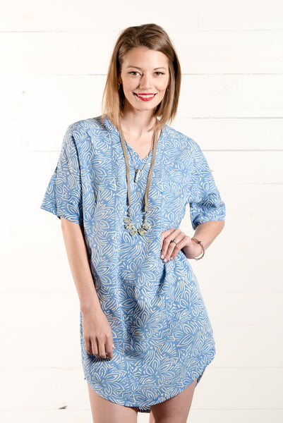 Suja Shift Dress in Blue