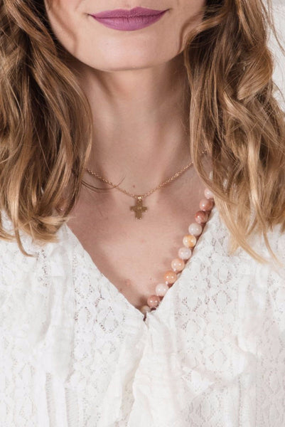 Simple Gold Cross Single Necklace