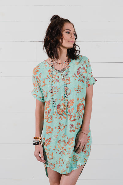 Suja Shift Dress in Mint