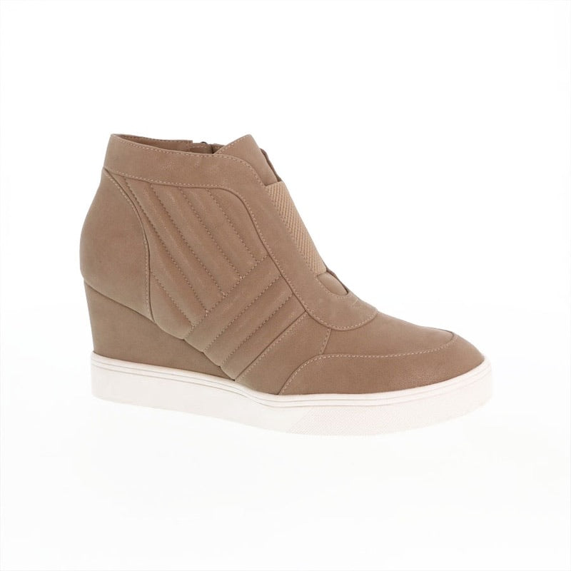 Kaleb Wedge Sneakers