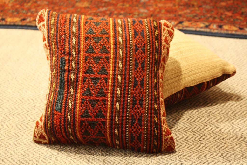 "10.5""x12"" Vintage Turkish Pillow - Main Street Oriental Rugs - 1"