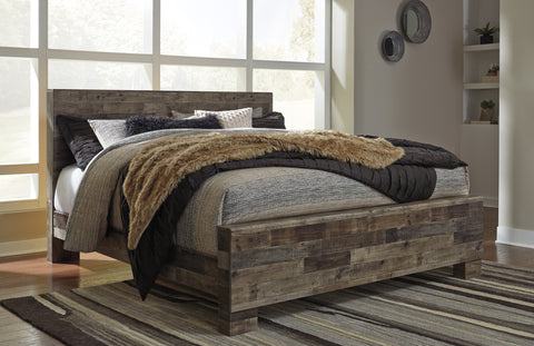 Derekson King Panel Bed