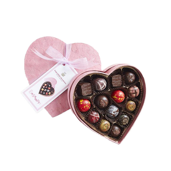 Heart Box Ensample - House of Knipschildt Artisan Chocolates