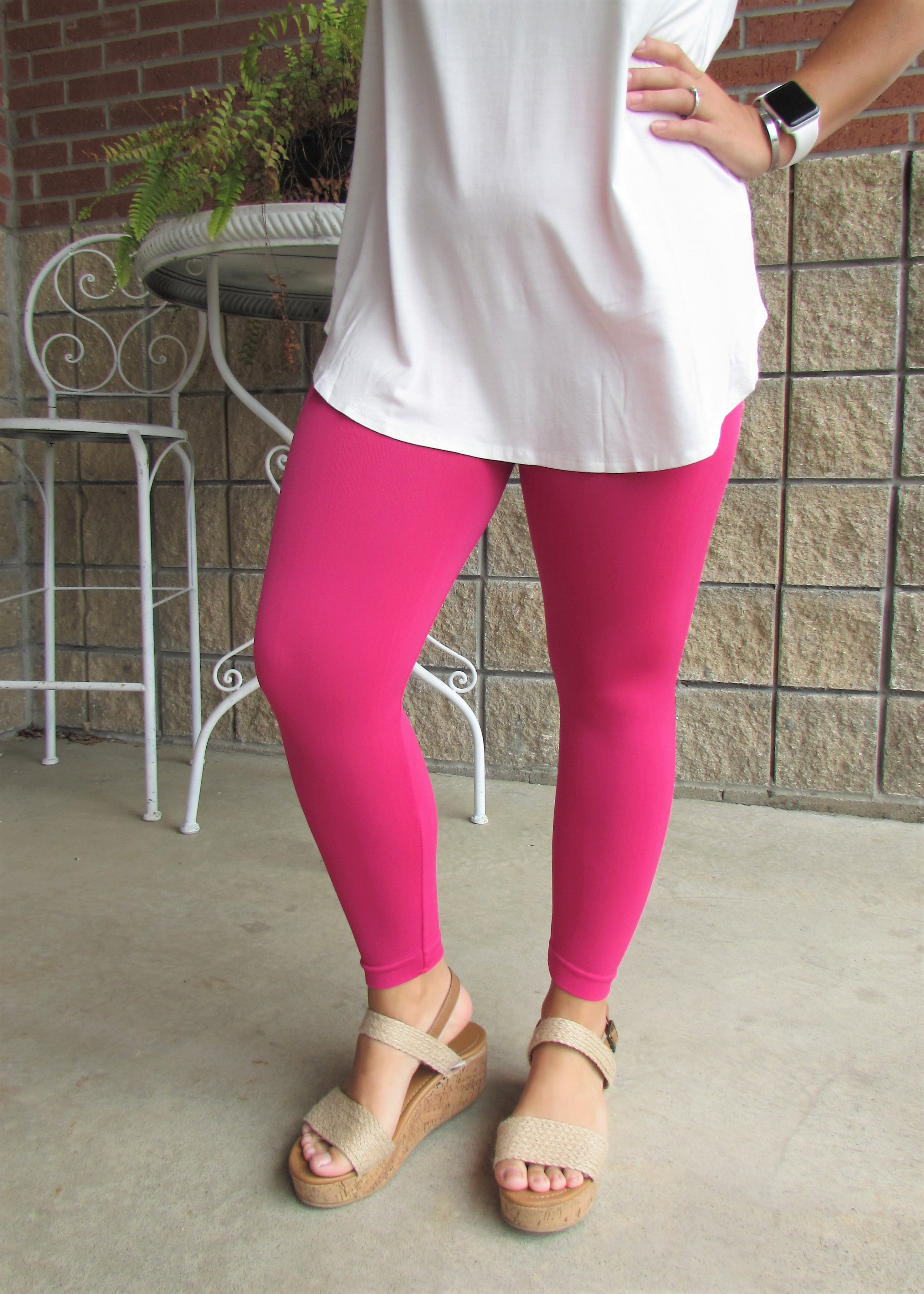 Leggings- Solid Hot Pink Capri Leggings