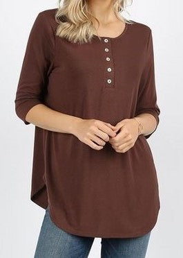 Women's tops- brown 3/4 sleeve 5 shell button top