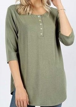Women's tops- olive 3/4 sleeve 5 shell button top