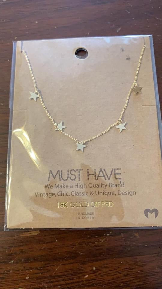 Mini Star Charm Necklace-Gold