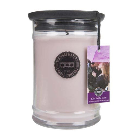 Bridgewater Candle 18 Oz. Jar - Kiss in the Rain