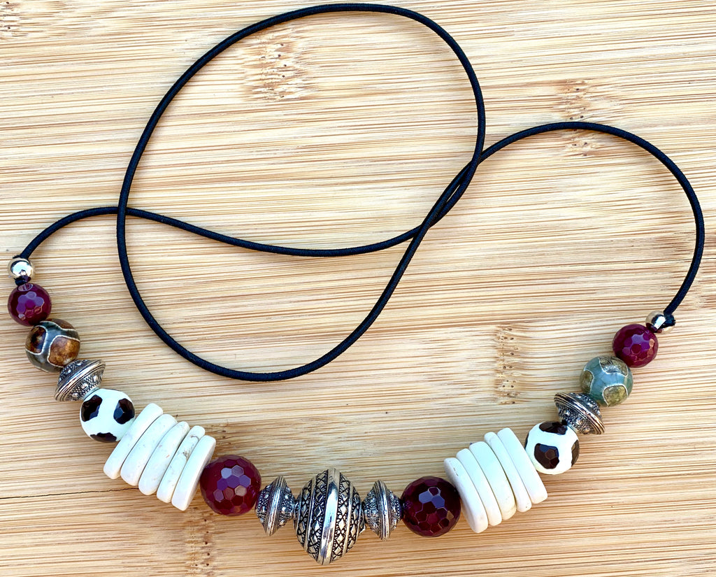 FLIGHT OF FANCY Ruby Agate & Tibetan Dzi Gemstone Hairtie