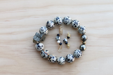 AZPEARLS Dalmation Jasper Sisterlock Loc Jewel