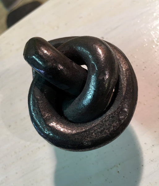 Forged knot cabinet knob