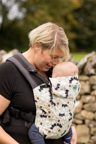 KahuBaby Carrier - Flourish-Buckled carriers-KahuBaby-Koala Slings - FREE, fast UK shipping