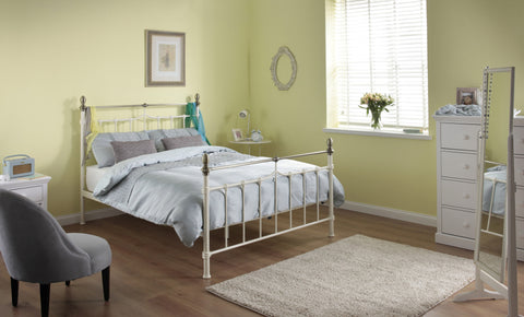 Silentnight Saxby Cream Metal Bed 4'6 Double -  - 1