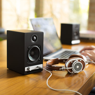 Closeout Audioengine HD3 (Walnut)