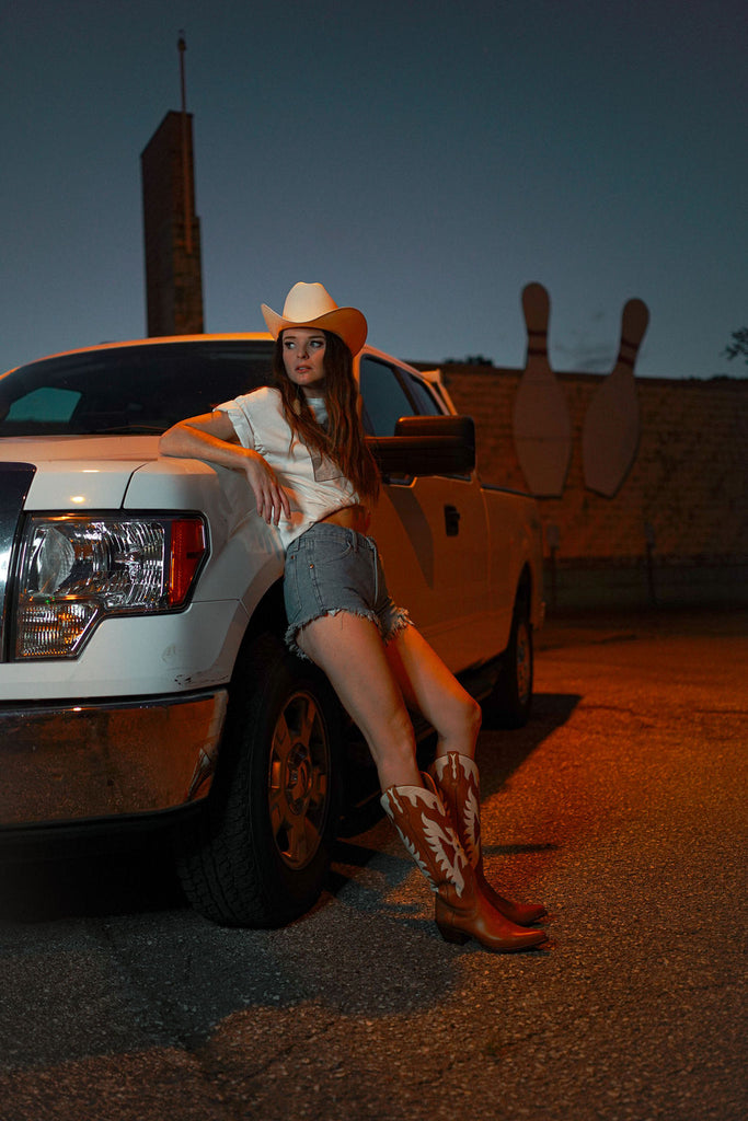 Jenna Paulette in Ranch Road Boots, Images by Katrina Brooks