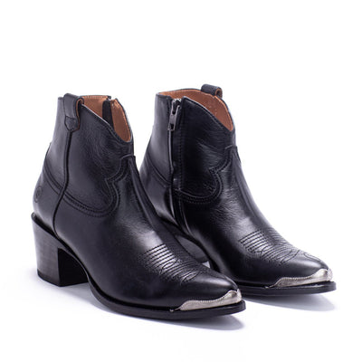 Womens Agave Rand Black Leather Boot - Ranch Road Boots™ Pair