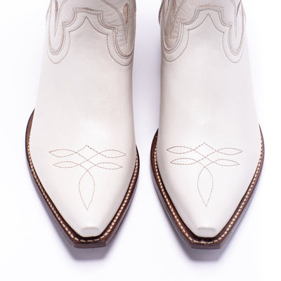 Womens Sagebrush White Leather Cowboy Boot - Ranch Road Boots™ Top View Stitching