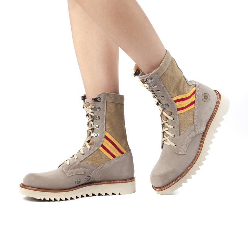 Boot - Women's Current Issue Sand Scarlett & Gold