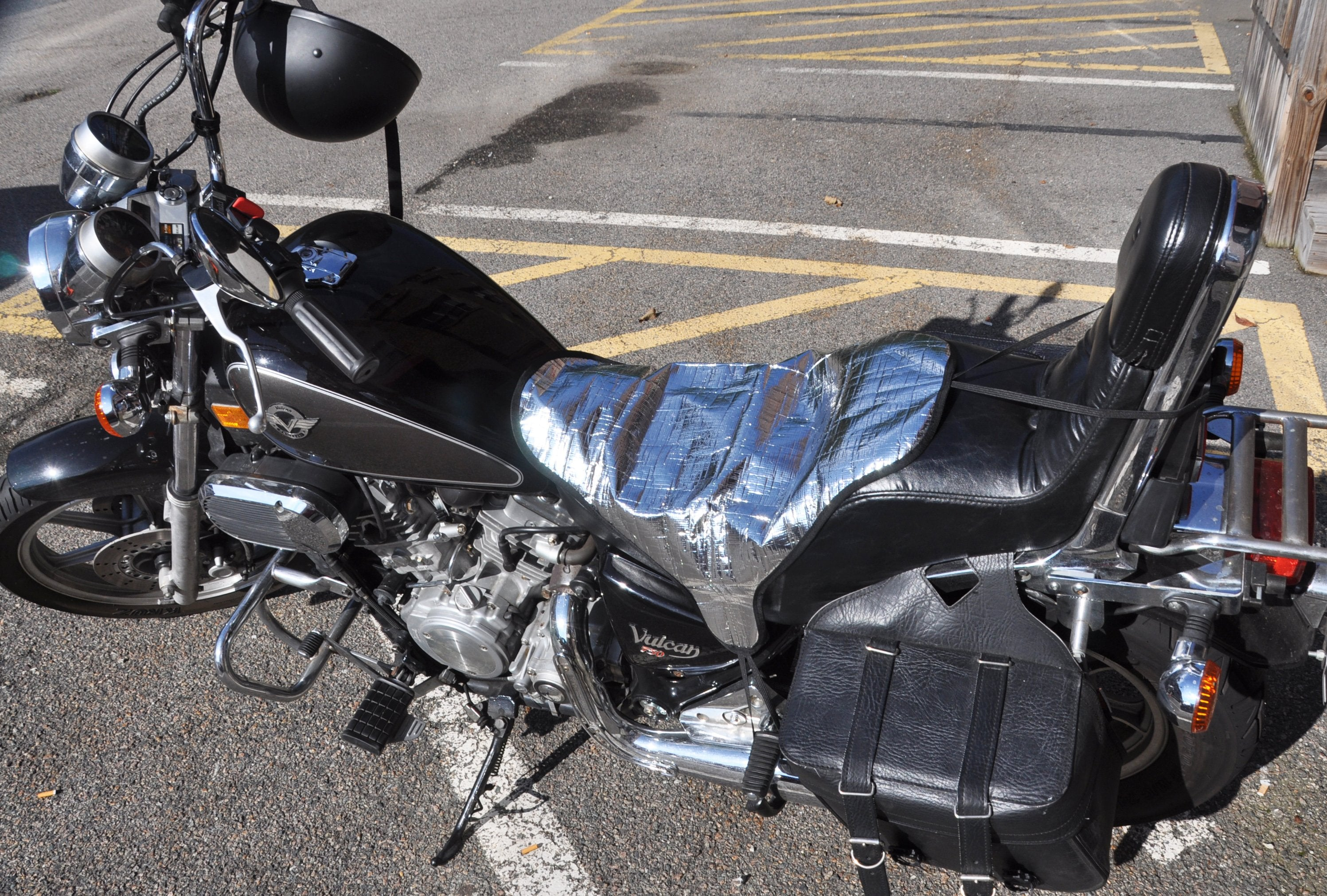 Sun Reflective and Waterproof Motorcycle Seat Cover