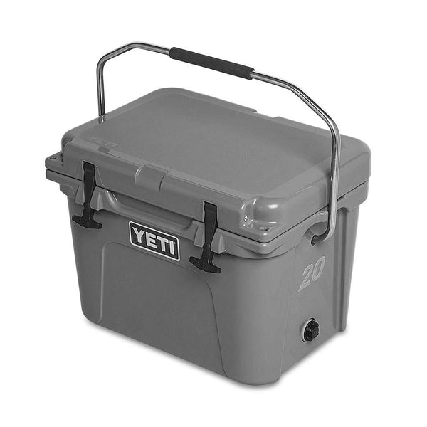 Roadie 20qt in Charcoal by YETI