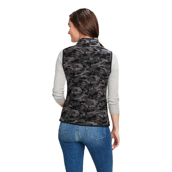 Vineyard Vines Camo Sherpa Harbor Vest by Vineyard Vines