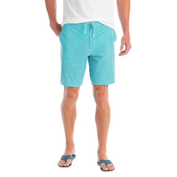 Crossbow Half Elastic Surf Short by Johnnie-O