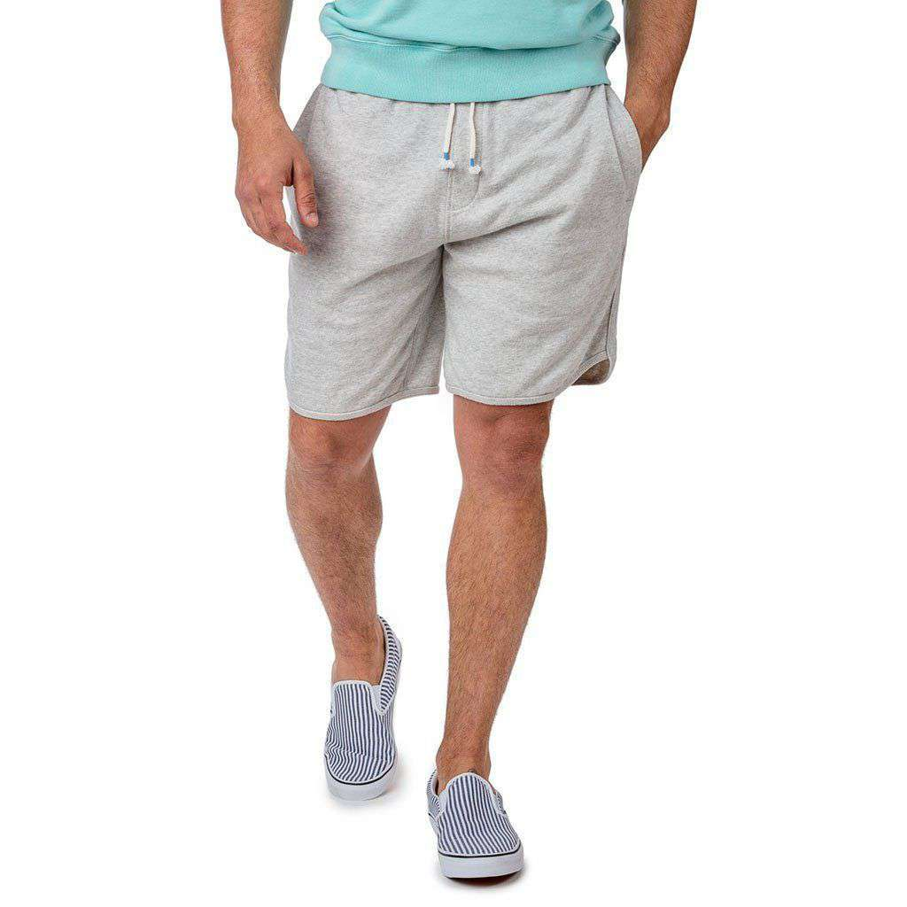 Southern Tide Athleisure Weekend Short in Glacier Grey