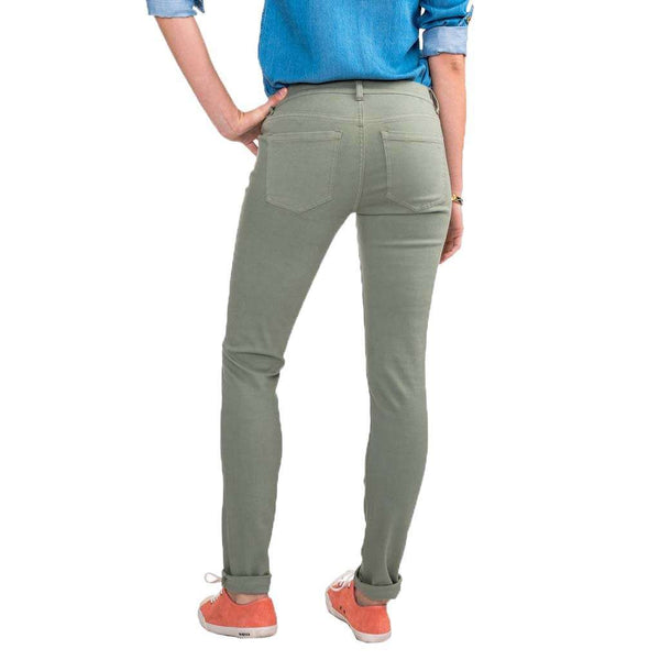 Southern Tide Resort Colored Skinny Jeans in Seagrass Green